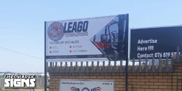 business company signboard chromadek 2450x1225